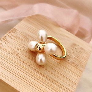 Tory Burch Natural Freshwater Pearl Clover Ring